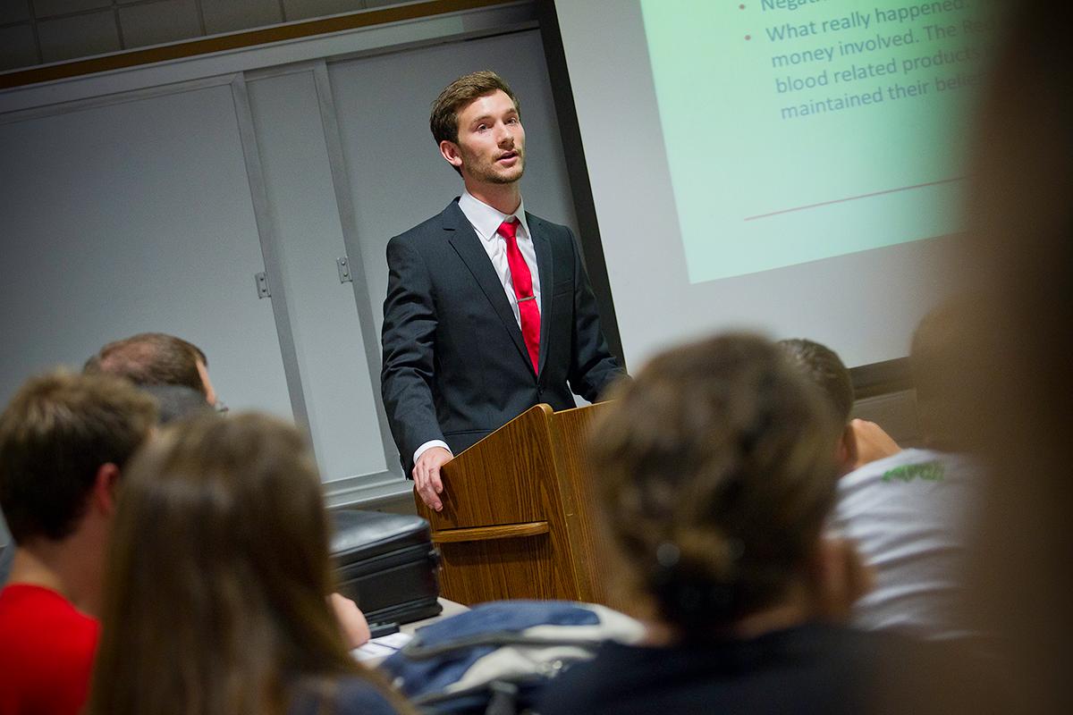 MBA vs EMBA Program